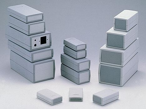 Пластиковые приборные корпуса